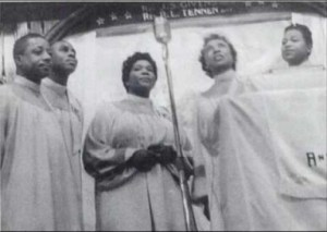 The Roberta Martin Singers - Just Jesus and Me